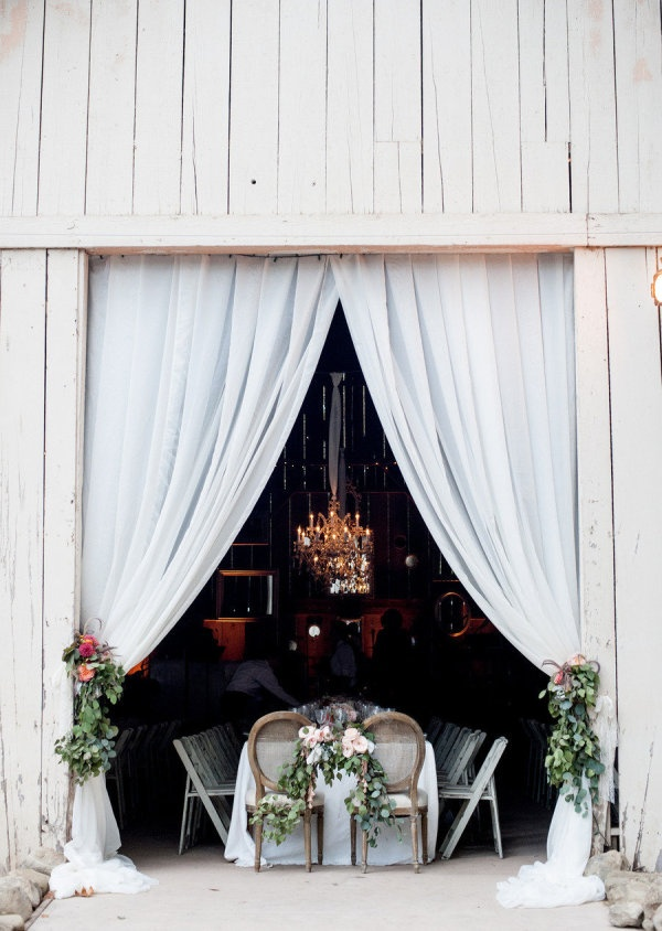 barn wedding-Kim Fox Photography.